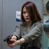 《Watcher》剽悍女律師正面迎擊剪指連續殺人魔,這一幕看了爽度十足啊!