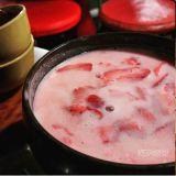 韓式喝酒法幾百種:草莓馬格利酒來囉~