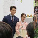 Rain♥金泰希夫妇合体...出席弟弟李莞与「高尔夫球女王」李宝美婚礼!这家人的颜值太高啦!