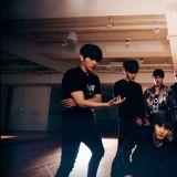 EXO《Monster》練習室版本公開!LAY:誰可以把燈調亮點?太黑啦