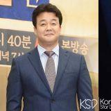 白种元老师&东方神起最强昌珉现身釜山!拍摄将於秋天首播的JTBC《西式西餐》