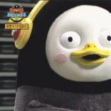 企鵝界頂流!BTS&TWICE等搶著和Pengsoo合影...鵝手出賣了它的內心XD