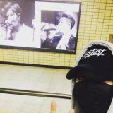 B1A4 Baro歡度生日 在地鐵站可愛「自慶」