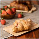 冬天草莓季來臨,CU推出法式草莓可頌與法式草莓派啦!