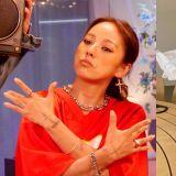 李孝利长文鼓励被自己带热的歌手BLOO:「别管恶评,你已经是很帅气的人!」