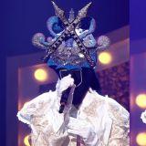 【有片】《蒙面歌王》参赛者「长矛」竟然是《夫妻的世界》中的「她」网友表示:「真的唱得很好」