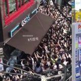 池昌旭「便利店活動」吸引百人聚集...遭網友指責!GS25道歉:「由於溝通不明確,拍攝內容在網路上被貼出」
