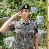 2PM 佑荣月底退伍 当天将开直播和粉丝互动!