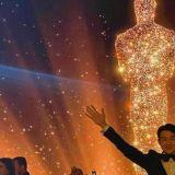 第一次拿奥斯卡奖超级紧张!快来看看崔宇植都「吓」成什么样了XD