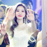 TWICE多贤在《KBS歌谣大祝祭》一晚上换的服装足足有6套!