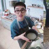 在軍隊中也能發揮特長!EXO D.O.(都敬秀)通過料理資格證,將以「料理兵」的身份服兵役!