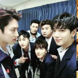 Super Junior 不再只有四个人登台啦!《SMTOWN》认证照帅气又感人