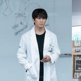 新劇《醫生耀漢》池晟以「車教授」回歸,上班日立刻施行震撼教育讓人超緊張!