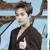 Xiumin、李浩沅 (HOYA) 卸下軍人身分 今日雙雙退伍!