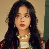 BLACKPINK Jisoo首次單獨寫真採訪 少女風格真的清純又溫柔!
