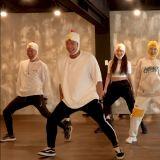 宣美变身超萌小黄鸭,大跳新歌《LALALAY》就是要献给粉丝miya-ne的