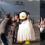 姜河那在《百想》颁奖礼上看到Pengsoo:超开心打招呼&求合照!XD
