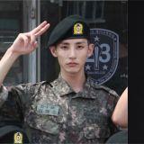 李洙赫训练所近况照公开!穿上军服也是帅气十足!