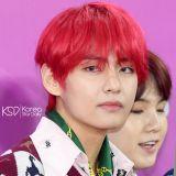 尹鐘信公開為BTS防彈少年團創作的歌曲DEMO:「想著V的嗓音就有了旋律靈感」