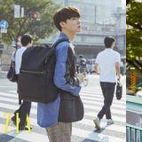 安宰賢最新畫報化身為秋日男人 東京街頭散步去