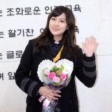 A pink吳夏榮、B.A.P Zelo等高中畢業亮相畢業禮