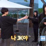 没有什么是他做不到的事!BTS防弹少年团柾国展现好身手,「瓶盖挑战」一次就成功!