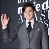 《金装律师》张东健VS朴炯植Teaser公开   黑白色调更显气场