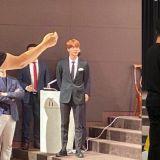 长得帅又有Sense!BTS防弹少年团Jin在亲哥哥婚礼担任司仪:「新郎!准备好的话...给我一个Wink」