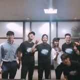 女神朴信惠應援CNBLUE演唱會 後台友情認證照曝光