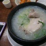 首尔美食实吃评论  明洞站的百济蔘鸡汤