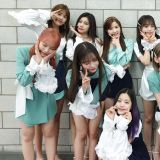 IZ*ONE 蟬聯音樂節目雙週冠軍 回歸半個月奪五冠!