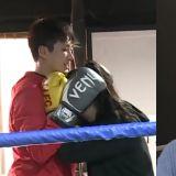拳擊手出身的安普賢和女生對練下不了手,《我獨》變成浪漫愛情劇❤