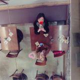 IU与好姐妹的拍照方式超可爱!大家也可以跟自己的姐妹们试试看啦!