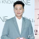 「美大哥」有新作品了!李瑞镇与成东镒合作OCN新剧《圈套》 两人分别饰演主播和刑警