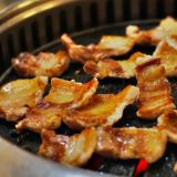 别说自己会烤肉!听到肉肉发出这样的信号才是最美味的时刻
