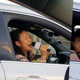 《孝利家民宿2》路人拍到潤娥和孝利開車兜風