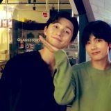 BTS金泰亨(V)为演员哥哥们「朴叙俊&崔宇植」应援:辛苦啦~!歌手演员们