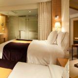曝韓國五星級酒店「高大臟」 住宿費30萬一晚竟讓客人喝馬桶水!