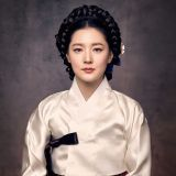 《师任堂》延期至明年1月播出? SBS:正在讨论是否中韩同步开播