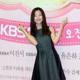 《星星閃耀》發佈會:高媛熙穿小黑裙優雅亮相