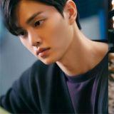 【有片】宋江的杂志画报拍摄令人窒息♥「喜欢恶作剧,但在喜欢的人面前很拘谨」