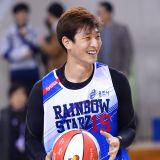 2AM鄭珍雲、SHINee瑉豪等參加籃球賽