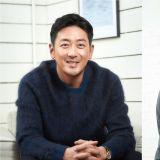河正宇喜歡的女團成員是她們!提及在新電影飾演妻子的裴秀智…他表示:「真的很糟糕」