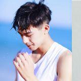 99年生中國小鮮肉統一韓飯審美,不僅被認可為「中國版車銀優」還和EXO世勳是朋友