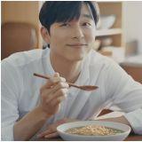 [有片]孔刘化身暖男厨师      想吃那碗松露鲍鱼粥吗?
