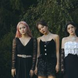 Red Velvet 登告示牌榜首 横扫海内外单周榜冠军!