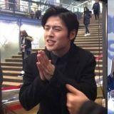 对粉丝感到超~级~抱歉的明星:姜河那&洪真英的反应让人心里好暖~♥
