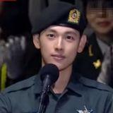 服兵役還這麼帥! 玉澤演&任時完在軍隊活動中亮相