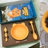 用Ryan的餐具食早餐:一大早心情都好起来!