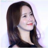 [图多]润娥甜美代言新通讯软体   亲绘贴图与红包赠粉丝